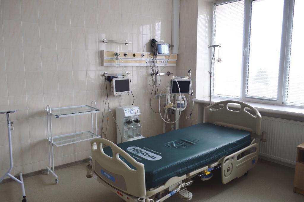 Розгортання додаткових ліжкомісць для лікування пацієнтів, інфікованих COVID-19