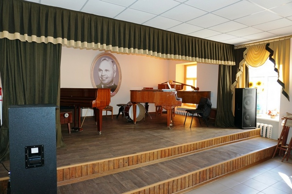 Музична  школа імені П.С. Білинника проводить набір учнів