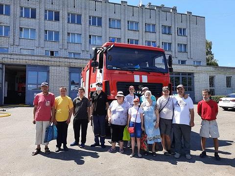 Можливість зануритися в атмосферу справжніх рятівників: екскурсія до пожежної частини